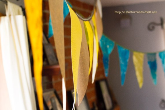 Flag Bunting \ Life Currents Maria's Baby Shower: As many of you know, my brother and sister in-law are expecting their first baby soon. Here are some pictures from the shower! #babyshower #party #shower