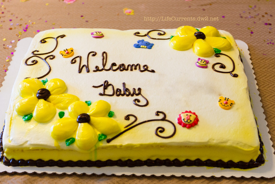 Baby Shower Cake | Life Currents Maria's Baby Shower: As many of you know, my brother and sister in-law are expecting their first baby soon. Here are some pictures from the shower! #babyshower #party #shower