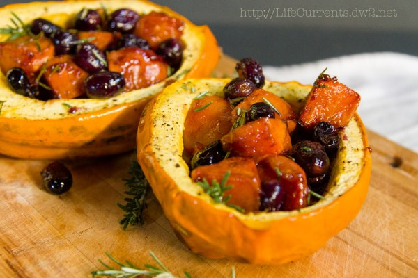 Roasted Acorn Squash with Black Grapes and Cardamom Persimmons https://lifecurrentsblog.com #sideDish #healthy #roasted