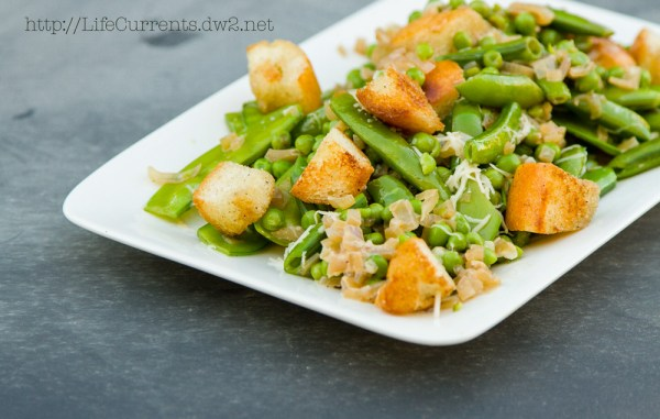 Creamy Skillet Peas: a great side dish for any occasion! | Life Currents