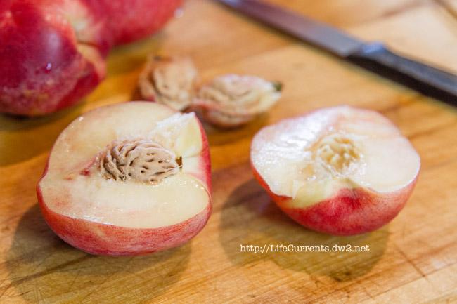 Peach and Strawberry Fruit Salad freestone white peach https://lifecurrentsblog.com