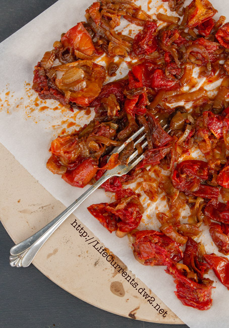 Tomatoes with Onions #oven #roasted sun-dried tomatoes #balsamic #onions #vegan #vegetarian