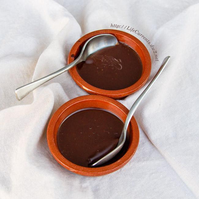 Chocolate Mousse Cups healthy coconut oil vegan paleo