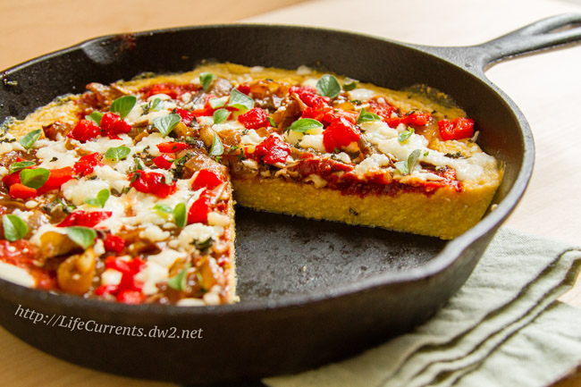 Polenta Pizza by Life Currents, a fun new twist on deep dish pizza for Brown Bag Lunch Month! https://lifecurrentsblog.com/