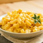 Crock Pot Mac & Cheese: rich creamy cheese sauce, pasta, the ease of making it in the crock pot, you want this recipe! by Life Currents https://lifecurrentsblog.com