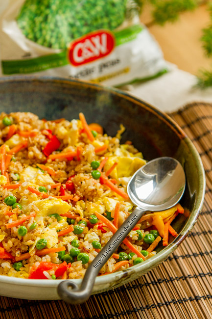 Vegetable Fried Rice is a great way to get more veggies into your family's meals by Life Currents https://lifecurrentsblog.com Healthy meals for kids healthy meal recipes easy meals with vegetables quick meals with vegetables #premiumveggies #Pmedia #ad