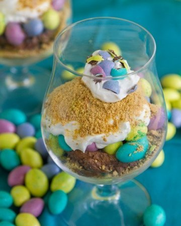 Easy M&Ms Easter Individual Parfaits