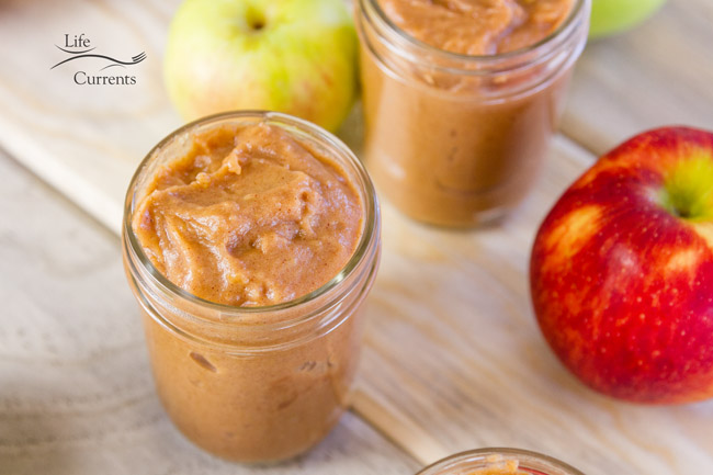 Crock Pot or Slow Cooker Apple Butter recipe - perfect for your breakfast toast