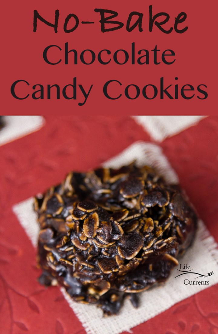 No Bake Chocolate Candy Cookies - super easy to make and so delicious! #helpingcookies