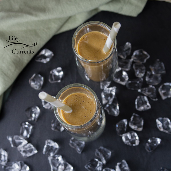 Vanilla Date Coffee Smoothie With no processed sugars (refined sugar free), and naturally gluten-free, this smoothie is protein packed and full of flavor. It'll change the way you think about mornings.