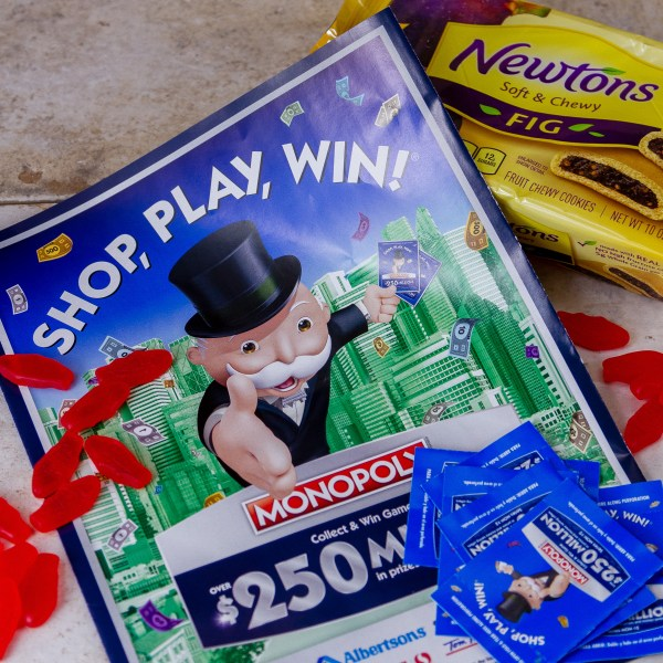 I love to play the SHOP, PLAY, WIN!® Collect & Win Game featuring MONOPOLY at Vons!