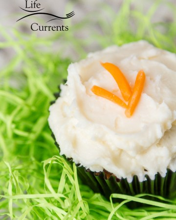 Carrot Cake Cupcakes with Cream Cheese Frosting - Skip the bakery, and make these wonderfully moist and delicious cupcakes. And they're easy to make too!