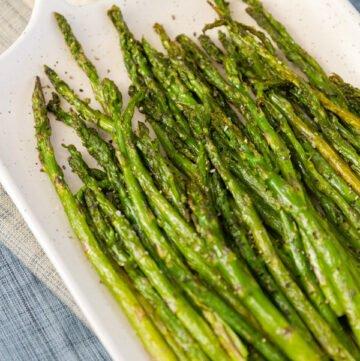 asparagus on a white platter
