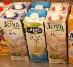 Astounded I was! Not just soya milk, but rice and oat milk too! :)Thumbs up to our hotel!