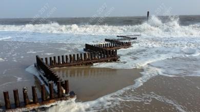 beach-waves-wm