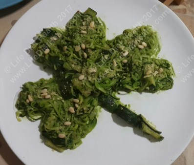 Cooked courgetti with pesto