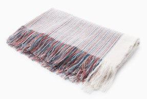 Striped Scarf with Overstitching £15.99 Stradivarius