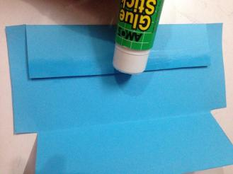 Now apply glue on one side