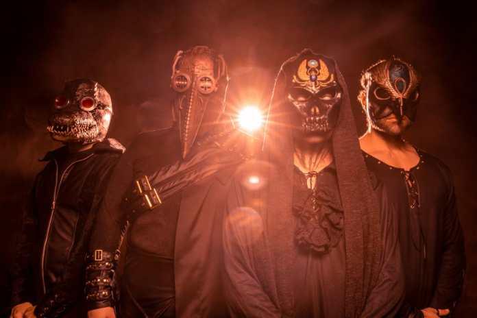 """Toth: Banda lança """"Fading"""", segundo single do EP Rise Of The Gods, que chega em outubro"""