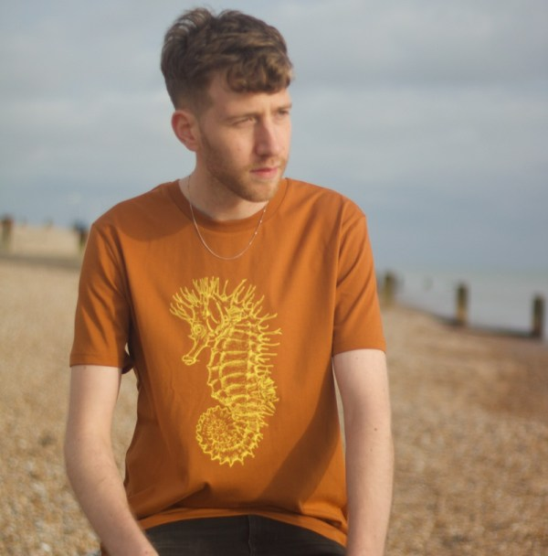 seahorse t-shirt - roasted orange
