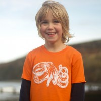 Childrens Curled Octopus T-shirt
