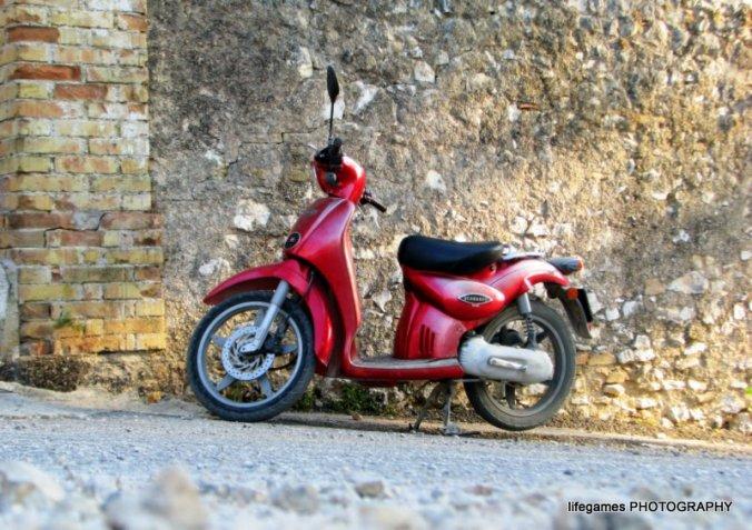 Trevi-Umbria-Italy-motor-bike