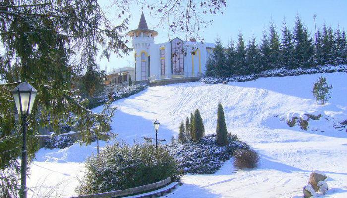 Дендропарк Софиевка прекрасен и зимой, и летом