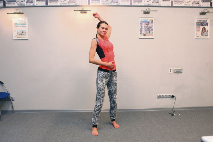 Гимнастика для суставов плеч
