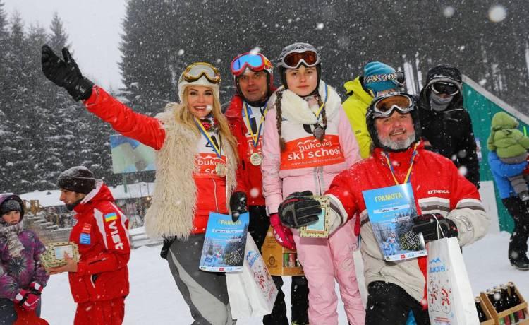 Карпаты, Сумская, Борисюк, Ольга Сумская, украинские звезды, украинские артисты, Влада Литовченко, лыжи, горы, Яремче