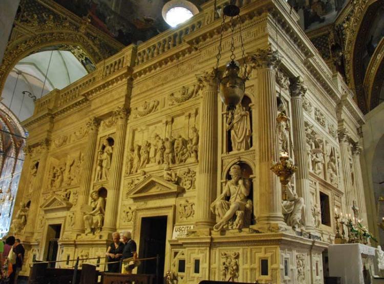 Иосиф Обручник, дом святого семейства, храм в городе лорето