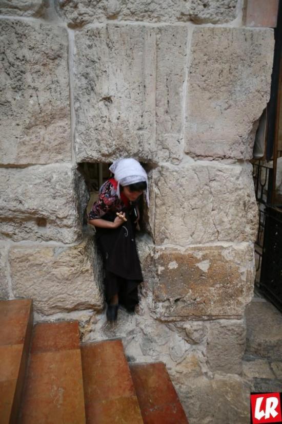 Александровское подворье, Крестный путь Христа, Via Dolorosa, Иерусалим, спецпроект Паломники: Святая Земля