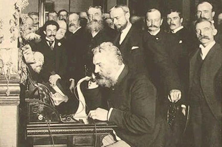 фишки дня - 7 марта, Александр Белл, первый телефонный аппарат