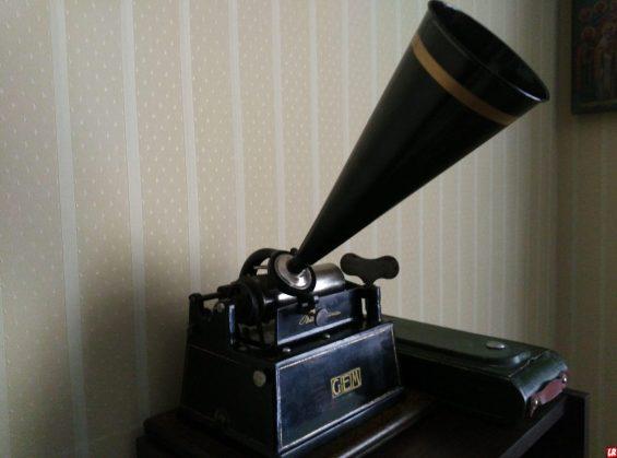 фонограф, пластинки, предшественник граммофона