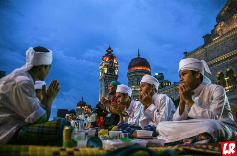 фишки дня, Рамадан, священный месяц Рамадан