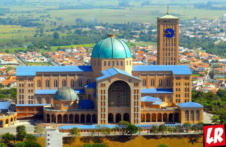 фишки дня - 12 октября, праздник Богородицы Бразилия, храм Апаресида