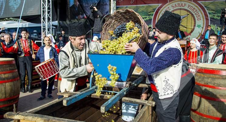 фишки дня - 5 октября, День вина Молдова