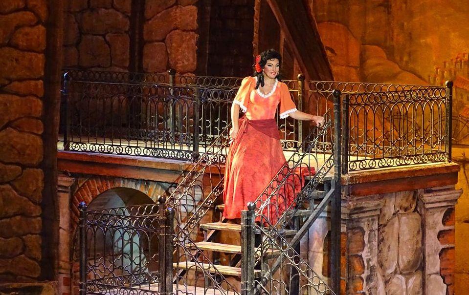 Оперная певица Анжелина Швачка – о том, как стать миллионером, про театр и пророчество