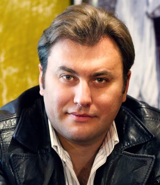 Виталий Билый, портрет, оперный певец, тенор, Афиша, Киев, в марте в Национальной опере Украины