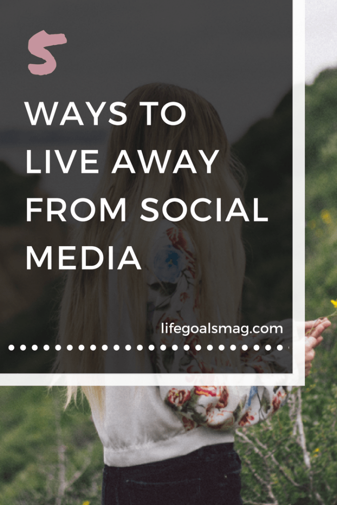how to do a social media cleanse and stay present.
