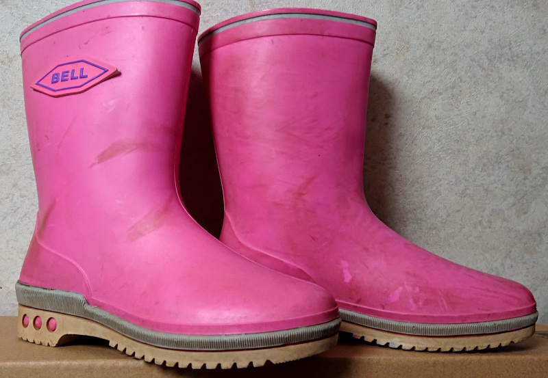 ピンクの長靴