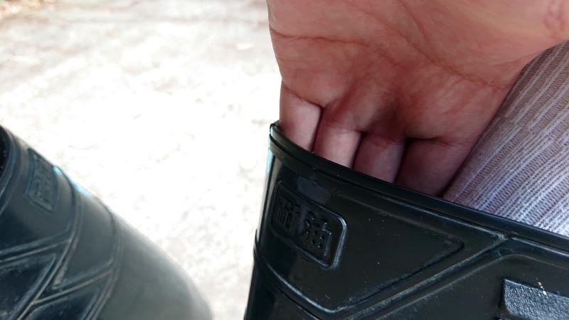 長靴の履き口