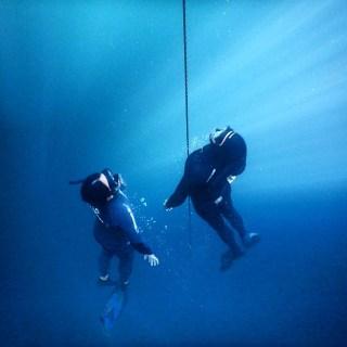 Freediving w centach, Tulum, Meksyk foto: Pepe Salcedo