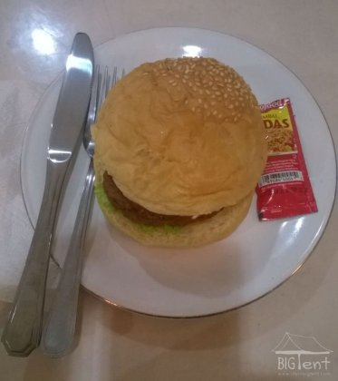 Hamburger with cobra meat