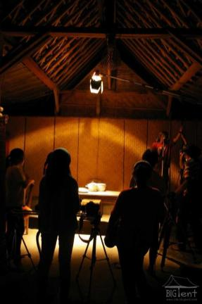"Movie shooting in ""big tent"""