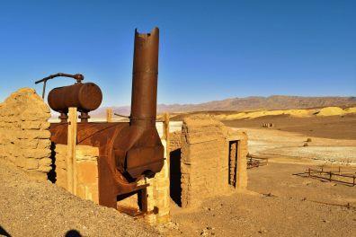 Somewhere in the desert (16)