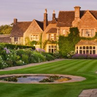 Make Easter eggs at Whatley Manor