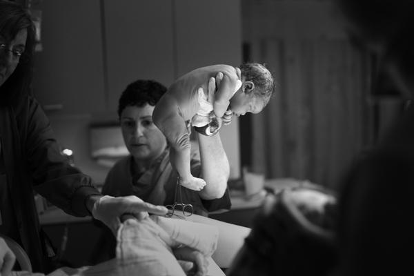 Megan Tsang Studio - 2013 International Association of Professional Birth Photographers Photo Contest