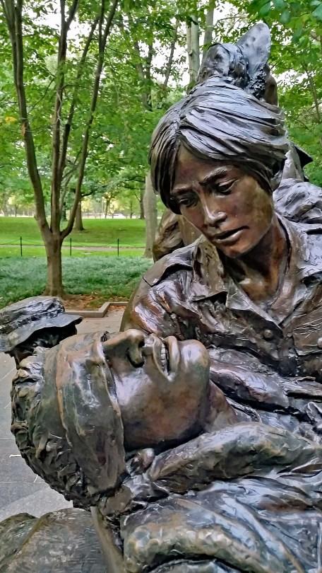 Viet womens monument detail