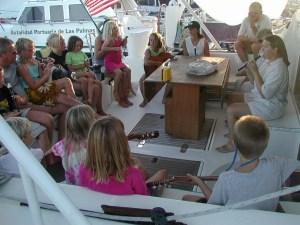 orchestre d'enfants à bord du Snowcat
