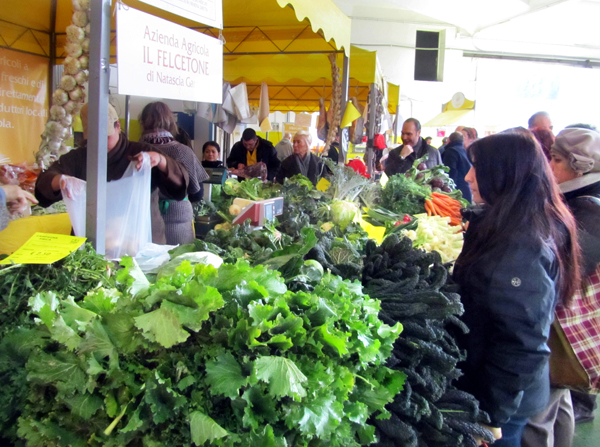 Organic farmers' market in Rome